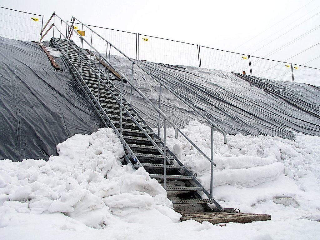 temporary_stairs_1