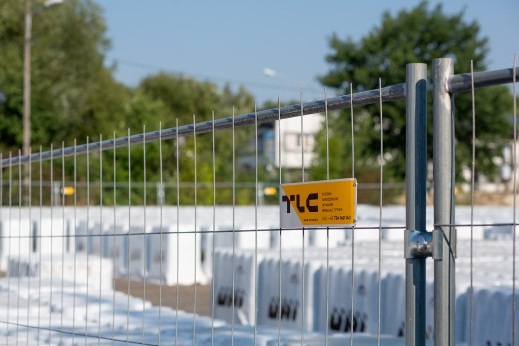 mesh-fencing-system-11